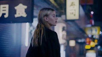 Yves Saint Laurent Black Opium TV Spot, 'Feel the Call' Featuring Zoe Kravitz - Thumbnail 3