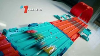 Hot Wheels Track Builder Race Crate TV Spot, 'Challenge Accepted' - Thumbnail 3