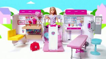Barbie Care Clinic Vehicle TV Spot, 'Are You Feeling Blue?' - Thumbnail 4