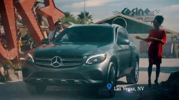 2019 Mercedes-Benz GLC TV Spot, 'Roadside Attractions' [T1]