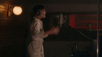 Beats Audio Studio3 Wireless TV Spot, 'Music The Way Halsey Intended' Featuring Zane Lowe - Thumbnail 8