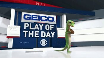GEICO TV Spot, 'CBS: Play of the Day: Giant Celebration' - Thumbnail 1
