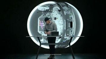 Microsoft Surface Pro 6 TV Spot, 'Adam Wilson: creando robots' [Spanish]