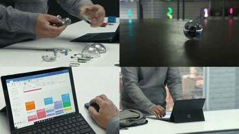 Microsoft Surface Pro 6 TV Spot, 'Adam Wilson: creando robots' [Spanish] - Thumbnail 6