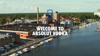 Absolut TV Spot, 'The Vodka With Nothing to Hide' - Thumbnail 1