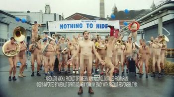 Absolut TV Spot, 'The Vodka With Nothing to Hide' - Thumbnail 9