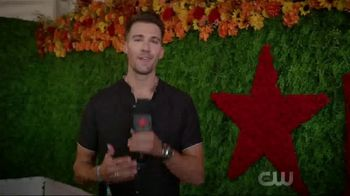 Macy's TV Spot, 'iHeartRadio Music Festival: Floral' - Thumbnail 1