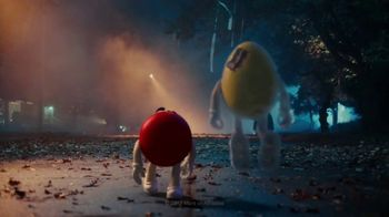 M&M's TV Spot, 'Halloween: Ghosted' - Thumbnail 10