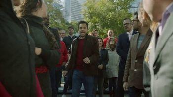 DishLATINO Inglés Para Todos TV Spot, 'Entre la multitud' con Eugenio Derbez [Spanish] - 848 commercial airings
