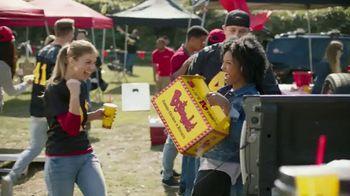 Bojangles' 8-Pc. Tailgate Special TV Spot, 'Unforgettable Passes' - Thumbnail 7