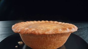 Banquet Mega Meat Lovers Deep Dish Pot Pie TV Spot, 'Dig In' - Thumbnail 2