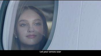 EVA Air TV Spot, 'A Symphony of Perfection' - Thumbnail 9