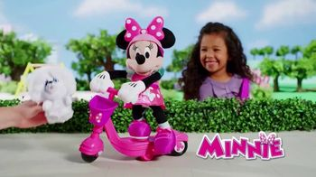 Sing & Spin Scooter Minnie TV Spot, 'Go for a Ride' - Thumbnail 1
