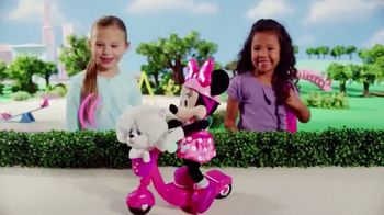 Sing & Spin Scooter Minnie TV Spot, 'Go for a Ride' - Thumbnail 3