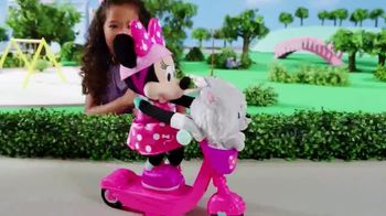 Sing & Spin Scooter Minnie TV Spot, 'Go for a Ride'