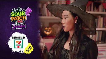 Sour Patch Kids Zombies TV Spot, 'Fiesta de Halloween' [Spanish] - Thumbnail 10