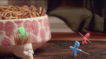 Sour Patch Kids Zombies TV Spot, 'Fiesta de Halloween' [Spanish] - Thumbnail 4