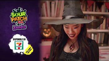 Sour Patch Kids Zombies TV Spot, 'Fiesta de Halloween' [Spanish] - Thumbnail 9