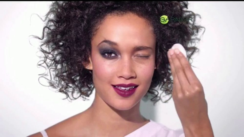 Garnier Micellar Cleansing Water TV Commercial, 'Adios toallitas' canci??n de Don Ho