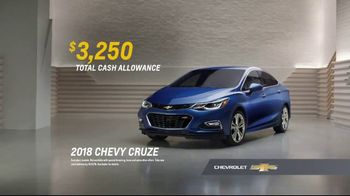 2018 Chevrolet Cruze TV Spot, 'All of the Features' [T2] - Thumbnail 7