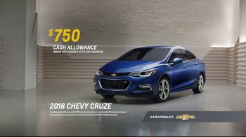 2018 Chevrolet Cruze TV Spot, 'All of the Features' [T2] - Thumbnail 9