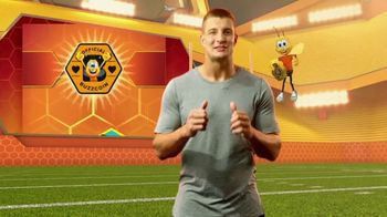 Honey Nut Cheerios Good Rewards TV Spot, 'Gronk + Gronk Nation Youth Foundation' - Thumbnail 3