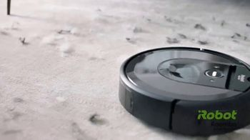 iRobot Roomba i7+ TV Spot, 'Floor's Best Friend' - Thumbnail 6