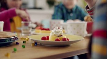 Reddi-Wip TV Spot, 'Kids' Table' - Thumbnail 7