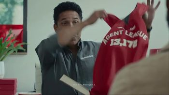 State Farm TV Spot, '19K Jerseys' Featuring Chris Paul and Oscar Nuñez - Thumbnail 2