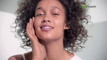 Garnier Micellar Cleansing Water TV Spot, 'Goodbye Wipes' Song by Don Ho - Thumbnail 9