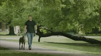 Banfield Foundation TV Spot, 'Pets and Disasters' Featuring Sean Lowe - Thumbnail 7