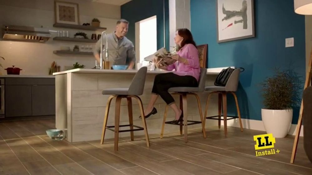 Lumber Liquidators Labor Day Flooring Sale TV Commercial, 'Peace of Mind'