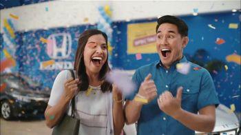 Honda Summer Spectacular Event TV Spot, 'Satisfied Pair' [T2] - Thumbnail 2
