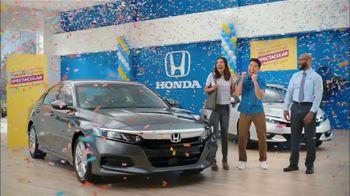 Honda Summer Spectacular Event TV Spot, 'Satisfied Pair' [T2] - Thumbnail 4