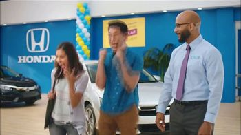 Honda Summer Spectacular Event TV Spot, 'Satisfied Pair' [T2] - Thumbnail 6