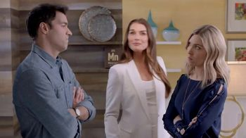 La-Z-Boy Labor Day Sale TV Spot, 'Duo: Both' Featuring Brooke Shields - 377 commercial airings