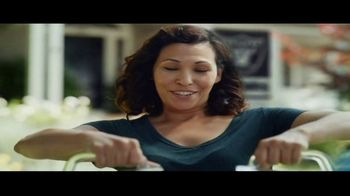 DIRECTV NFL Sunday Ticket TV Spot, 'Lemonade' - Thumbnail 5