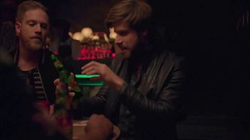 Dos Equis TV Spot, 'Keep It Interesante: Moon' - Thumbnail 3