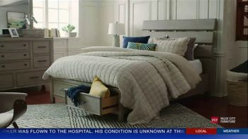 Value City Furniture The Labor Day Sale TV Spot, 'Style and Comfort' - Thumbnail 4