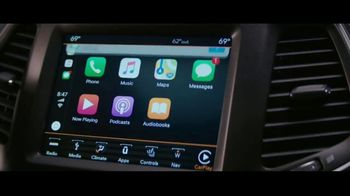 Jeep Summer of Jeep TV Spot, 'Full Line: Sold Out: Design' Song by OneRepublic [T2] - Thumbnail 4