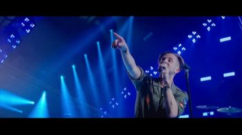 Jeep Summer of Jeep TV Spot, 'Full Line: Sold Out: Design' Song by OneRepublic [T2] - Thumbnail 6