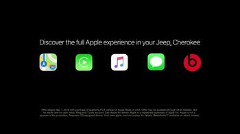 Jeep Summer of Jeep TV Spot, 'Full Line: Sold Out: Design' Song by OneRepublic [T2] - Thumbnail 7
