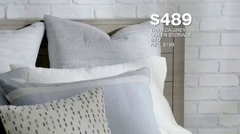 Macy's Labor Day Sale TV Spot, 'Furniture and Mattresses' - Thumbnail 7