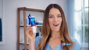 Crest 3D White Luxe TV Spot, 'Dinner Date: Coupon' - Thumbnail 1