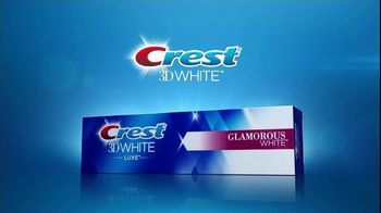 Crest 3D White Luxe TV Spot, 'Dinner Date: Coupon' - Thumbnail 6