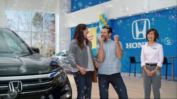 Honda Summer Spectacular Event TV Spot, 'Snacks' [T2] - Thumbnail 3