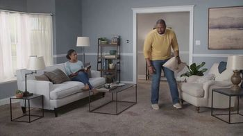 Lowe's TV Spot, 'The Moment: Old Carpet: Pergo Waterproof Laminate' - Thumbnail 3