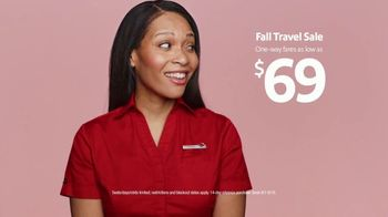 Southwest Airlines Fall Travel Sale TV Spot, 'Low Fares and Baggage Fees' - Thumbnail 4