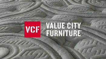 Value City Furniture The Labor Day Sale TV Spot, 'Fit Your Dreams' - Thumbnail 3