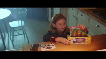 Ziploc TV Spot, 'The Nutcracker and the Four Realms: la sorpresa perfecta' [Spanish] - Thumbnail 1